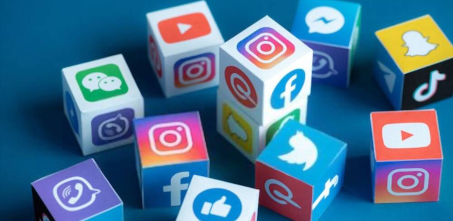 How to get into social media marketing